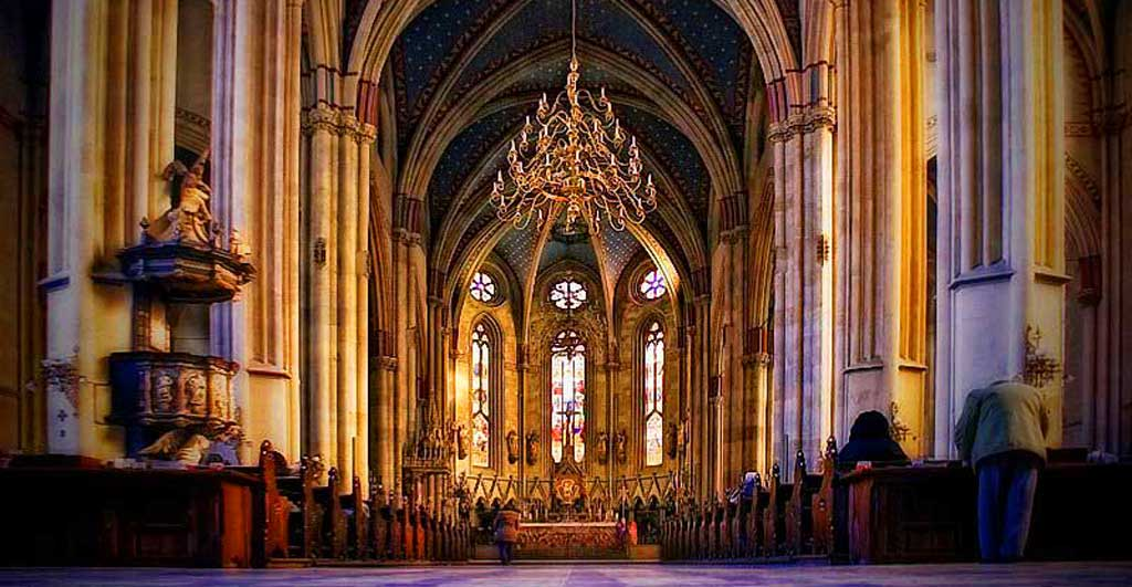 Zagreb-Cathedral-inside-G
