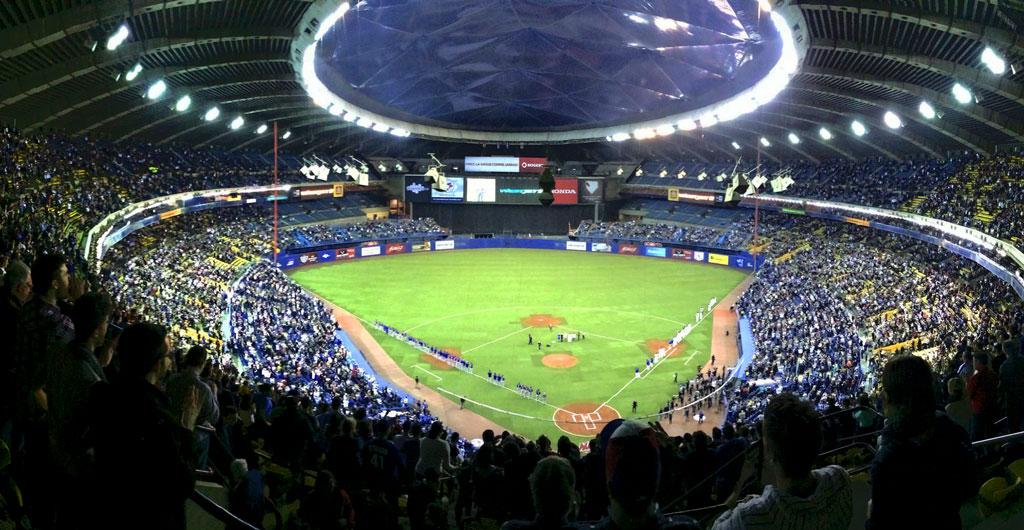 Olympic-Stadium-Montreal-00