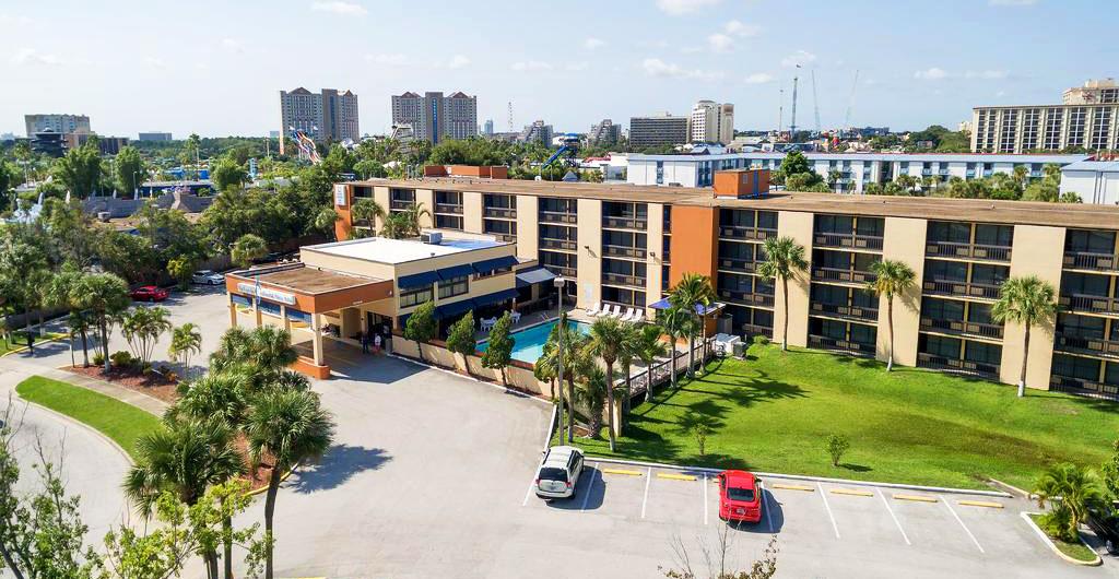 Orlando-Continental-Plaza-09