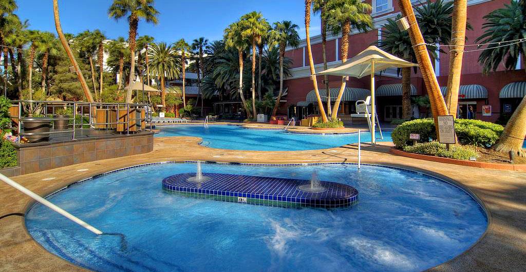 Treasure-Island-Hotel-&-Casino-05