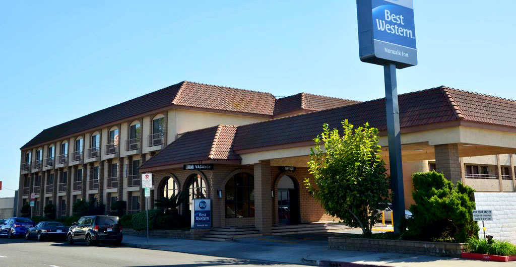 Best-Western-Norwalk-Inn-Hotel-01
