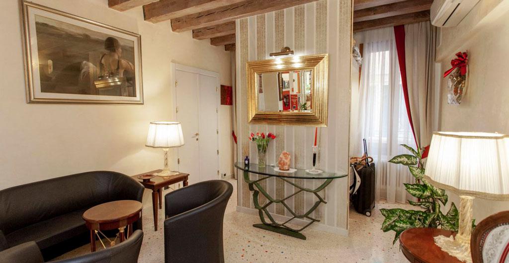 Hotel-Antigo-Trovatore-01