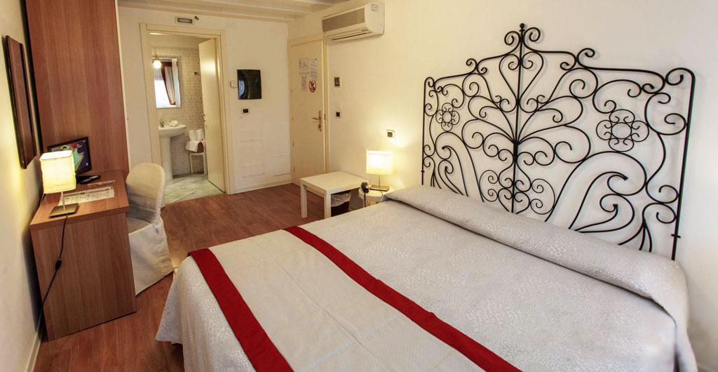 Hotel-Antigo-Trovatore-05