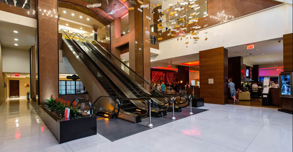 Crowne-Plaza-Times-Square-Hotel-01