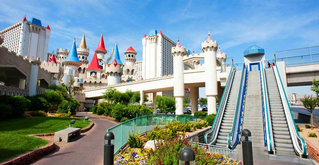 Excalibur-Hotel-and-Casino-00