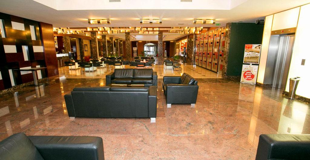 Grand-Majestic-Plaza-Hotel-06