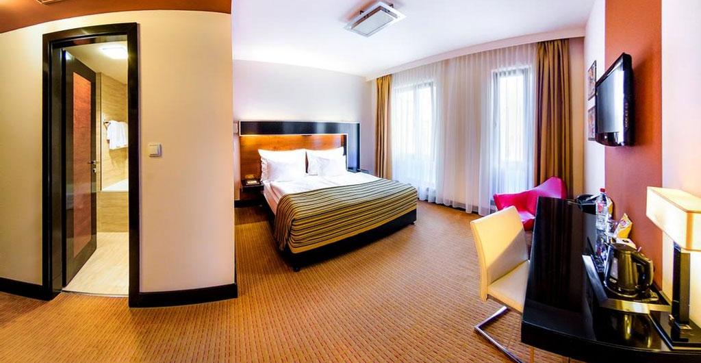 Grand-Majestic-Plaza-Hotel-14
