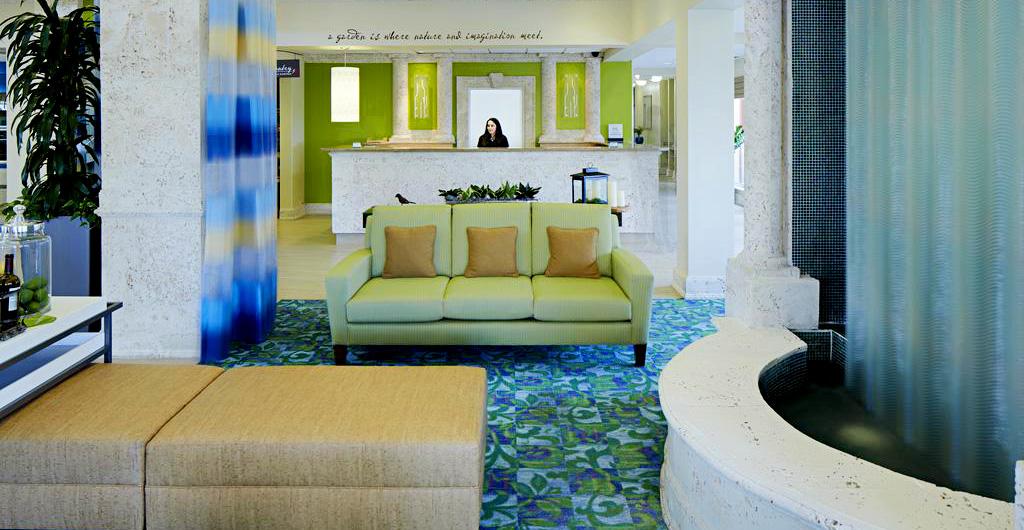 Hilton-Garden-Inn-Hotel-02