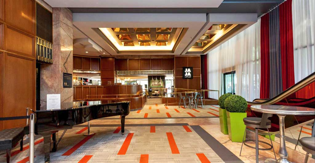 Le-Concorde-Quebec-Hotel-05