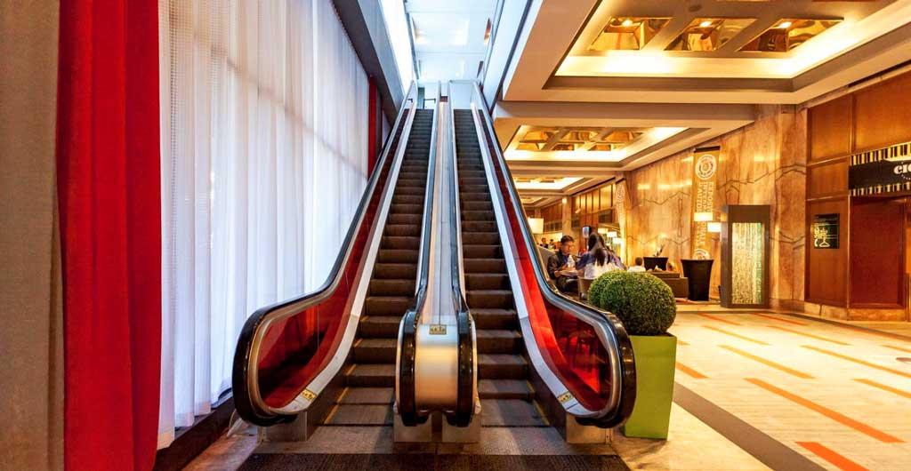 Le-Concorde-Quebec-Hotel-09
