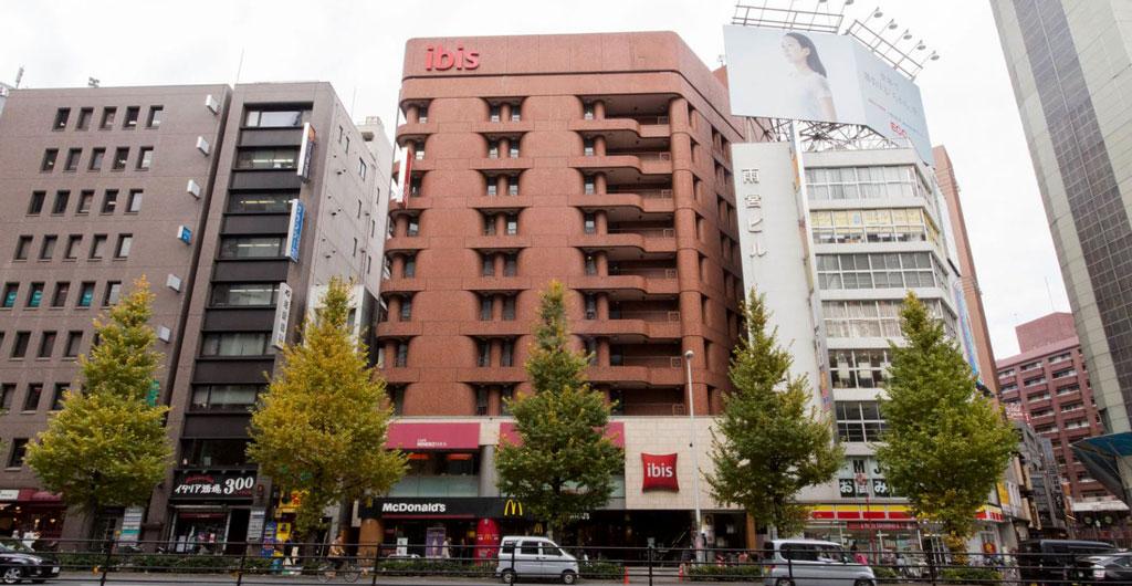 IBIS-Tokyo-Shinjuku-Hotel-00