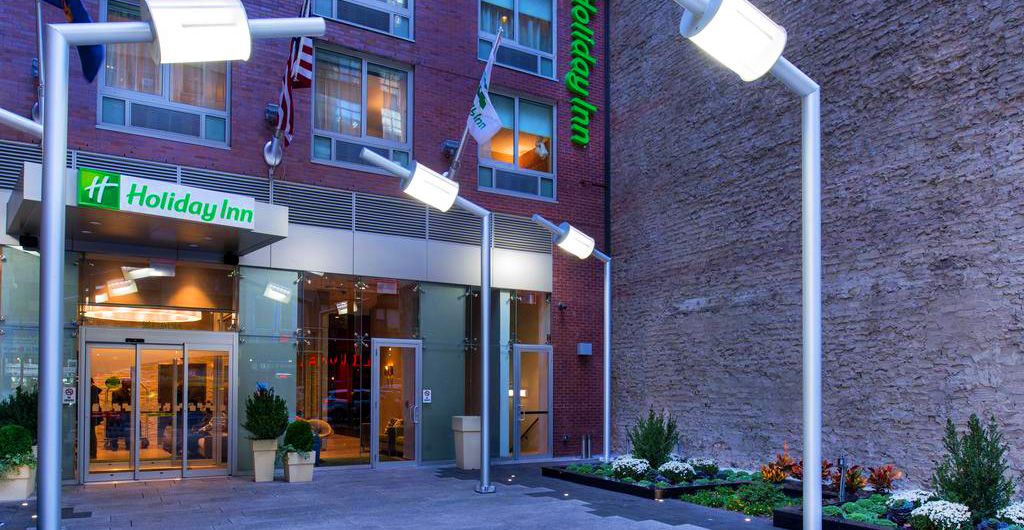 Holiday-Inn-New-York-Times-Square-Hotel-01