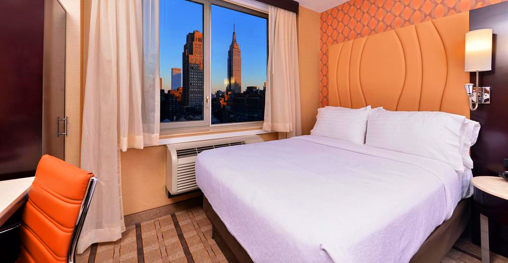 Holiday-Inn-New-York-Times-Square-Hotel-06